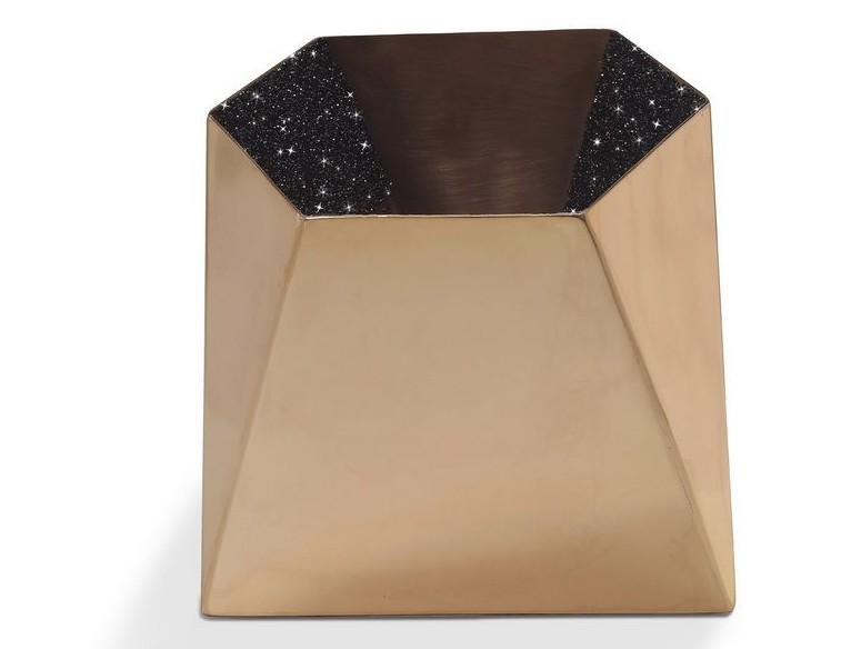 STAR Medium Vase with Chaton Crystals Limited Edition-1-72 dpi
