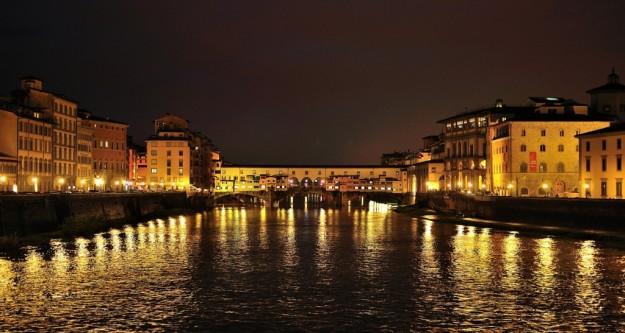 ponte-vecchio-e-arno