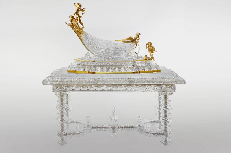 4.Table_et_nef_1889_et_1900_021_crystal