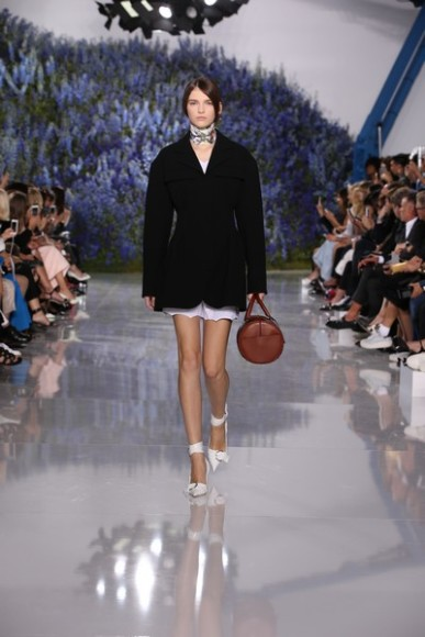 Dior-Spring-Summer-2016-fashion-show