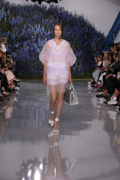 Dior-Spring-Summer-2016-fashion-show