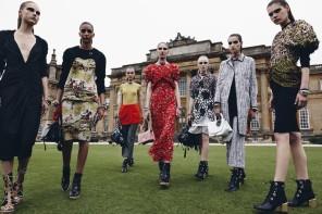 Dior Cruise 2017 a Blenheim Palace