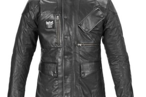 La giacca di Triumph Motorcycles e Barbour International