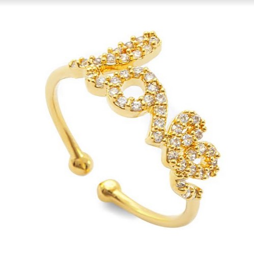 """Milano Bijoux ha creato per San Valentino un regalo molto speciale per poterla conquistare. Quale modo migliore se non dichiarare apertamente il proprio amore con l'anello """"LOVE"""": in ottone dorato con cristalli Swarovski."""